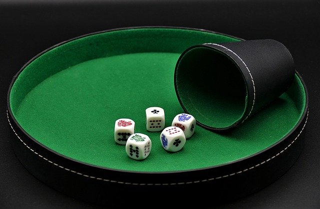 Advantages of Playing at Online Casino Promotions