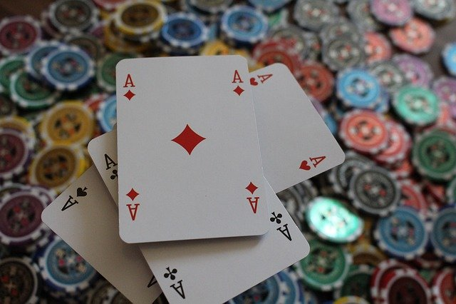 The Art of Choosing Winning Poker Hands